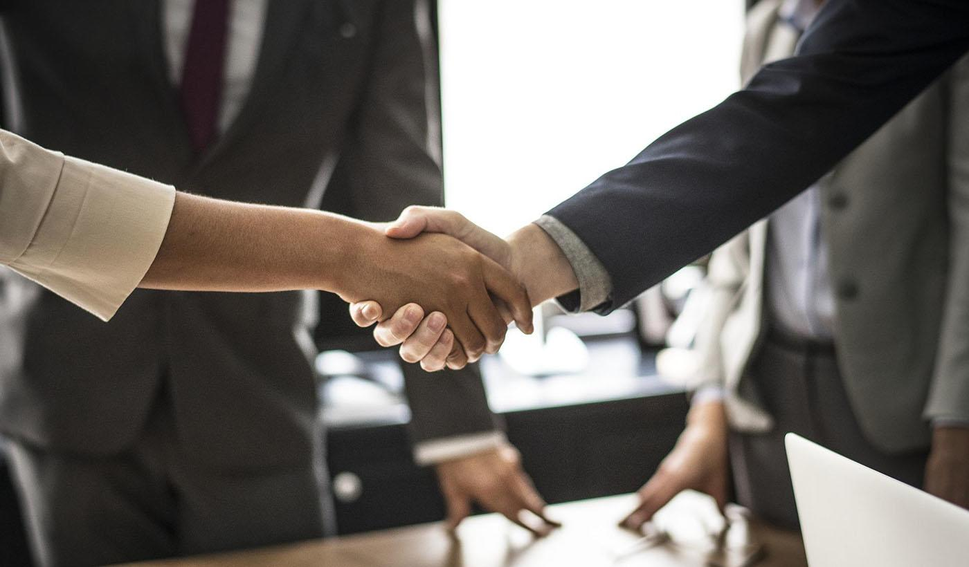 What to expect when dealing with Headhunters