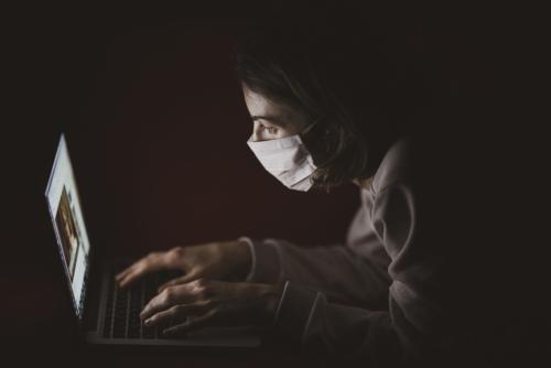 Pandemics: When Transitioning Executives Can Only Follow